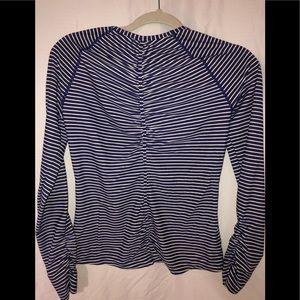 Athleta shell shirt size S